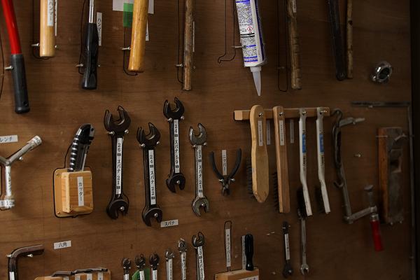 山崎のベビーベッド工場の道具